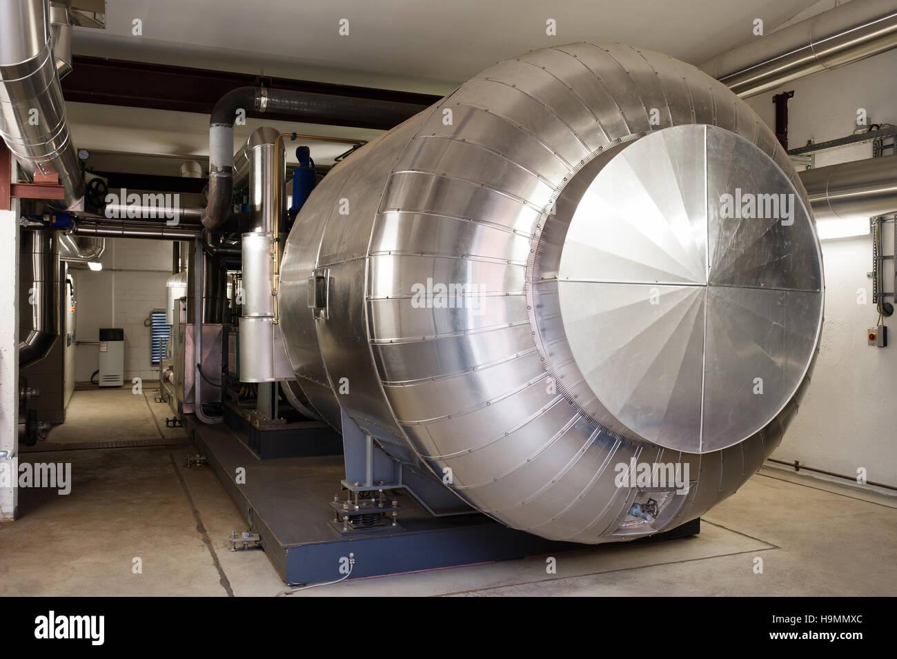 Macchinari di compressione in legno impianto di trasformazione, Templin, Uckermark distretto di Brandenurg, Germania. Immagini Stock
