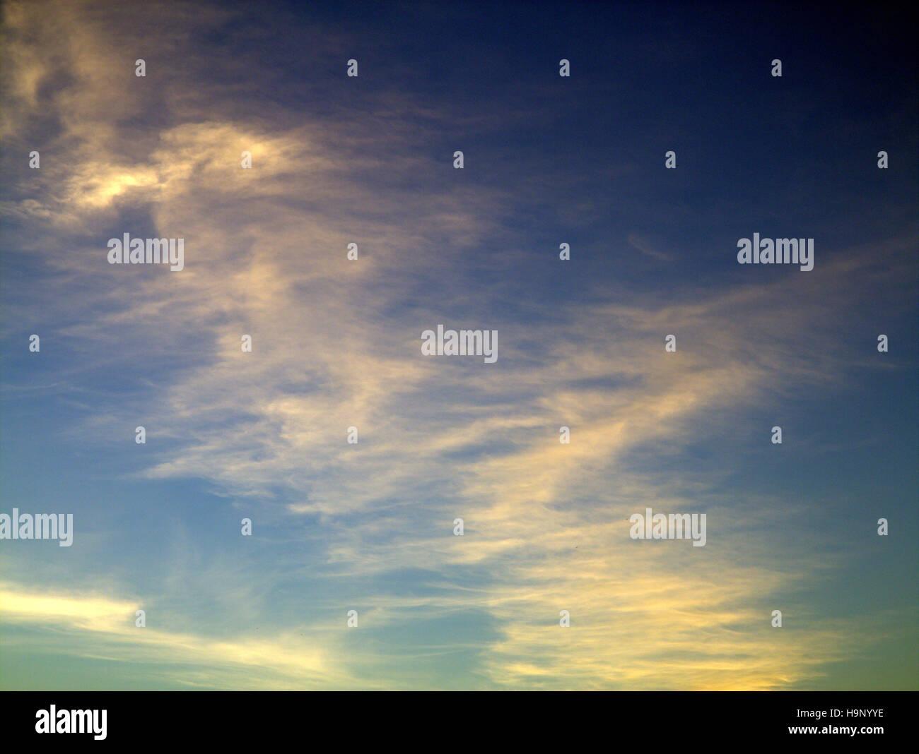 Abstract blue sky sfondi cloud blu faccia cartoon Immagini Stock