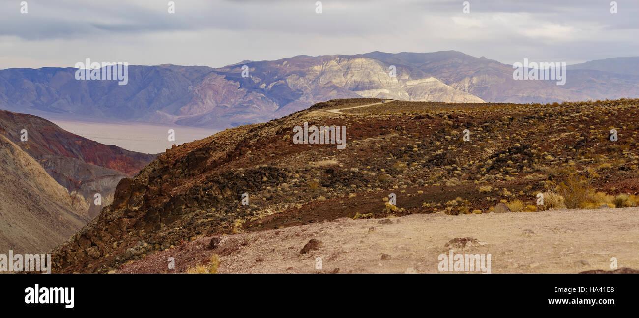 Bellissimo paesaggio intorno a Padre Crowley punto, il Parco Nazionale della Valle della Morte Immagini Stock