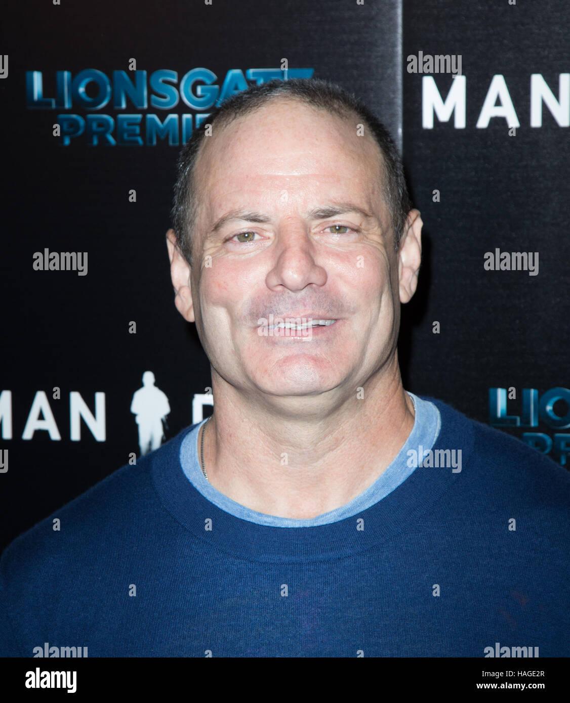 Hollywood, Stati Uniti d'America. 30 Novembre, 2016. Dito Montiel assiste la premiere del Lionsgate Premiere Immagini Stock
