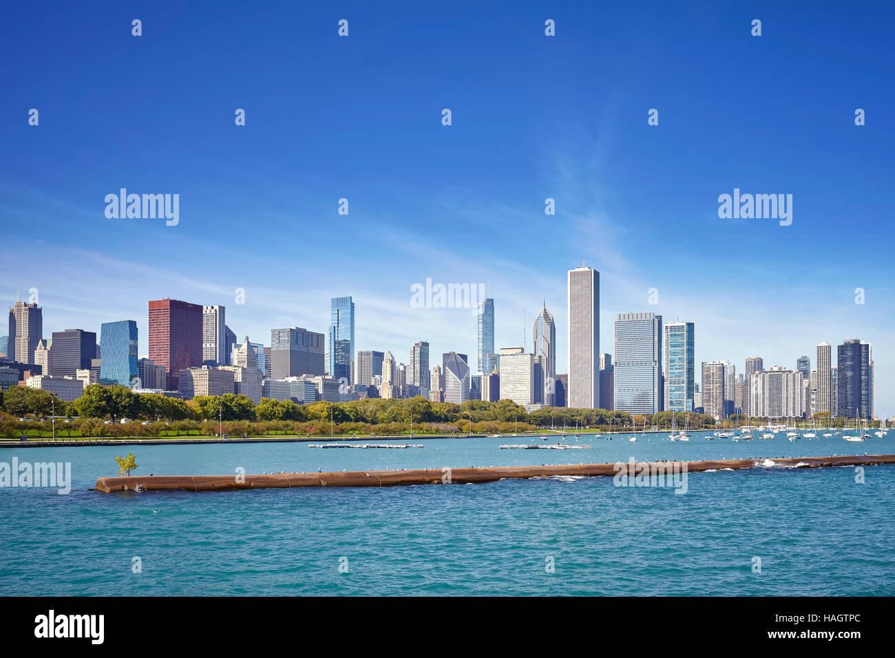 Chicago waterfront e dello skyline della città in una giornata di sole, STATI UNITI D'AMERICA. Immagini Stock
