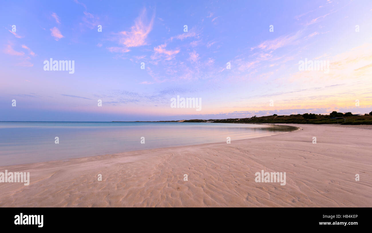 Coral Bay beach di sunrise Immagini Stock