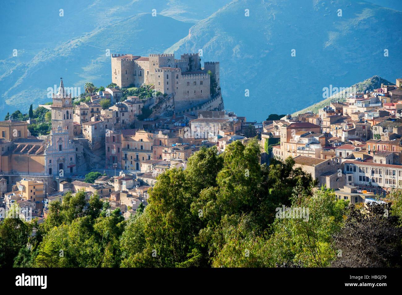 Il Castello di Caccamo, Caccamo, Sicilia Immagini Stock