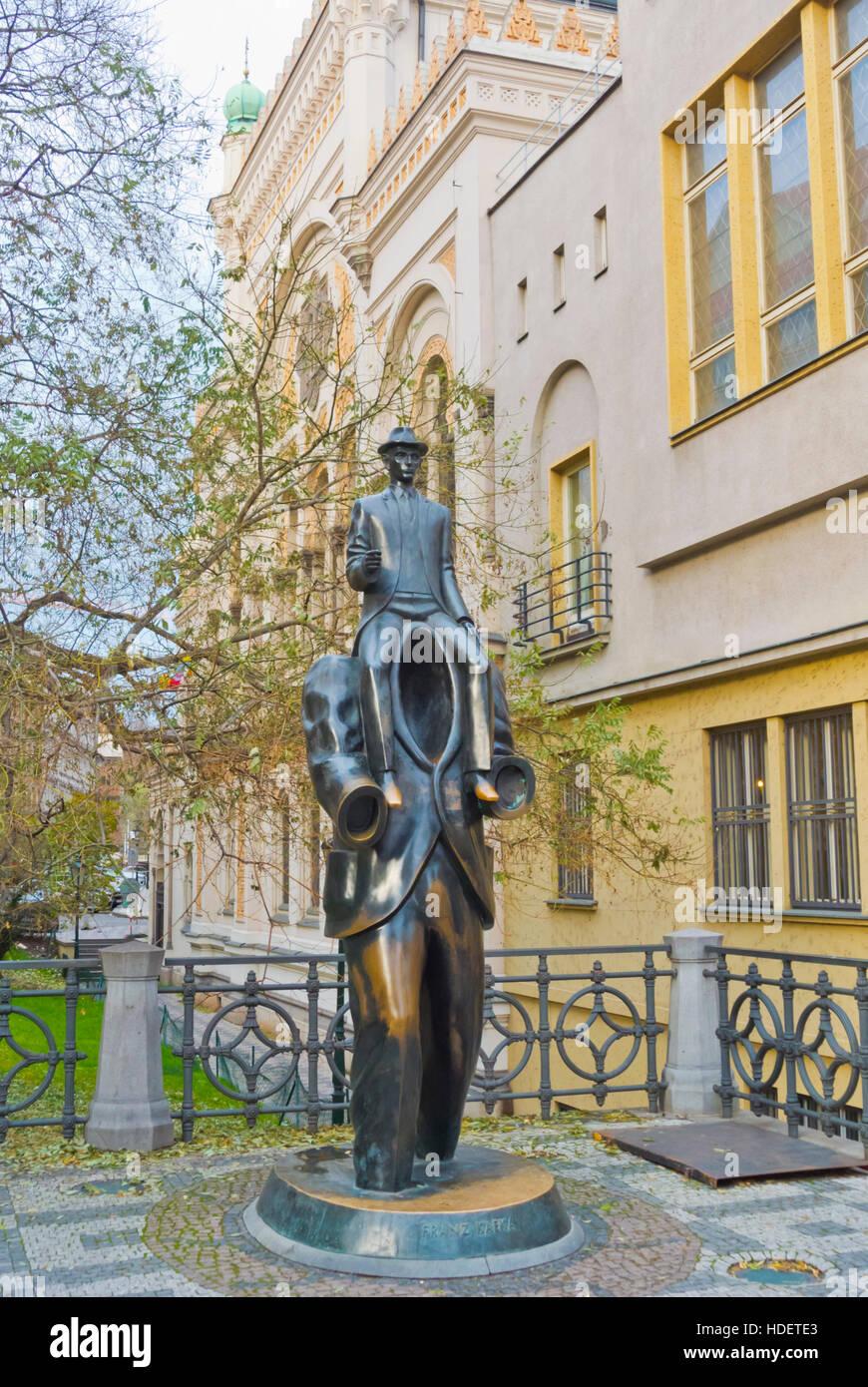 Franz Kafka memorial, da Jaroslav Rona, dal 2003, Josefov, quartiere ebraico, città vecchia, Praga, Repubblica Immagini Stock