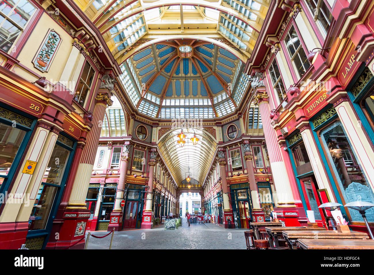 Londra - Vista interna del mercato Leadenhall, Gracechurch Street, il 25 agosto, 20116 a Londra, Regno Unito, il Immagini Stock