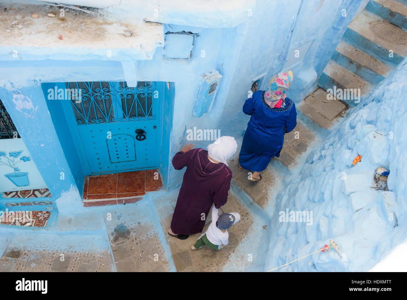Le strade e i vicoli della medina di Chefchaouen, Marocco Immagini Stock