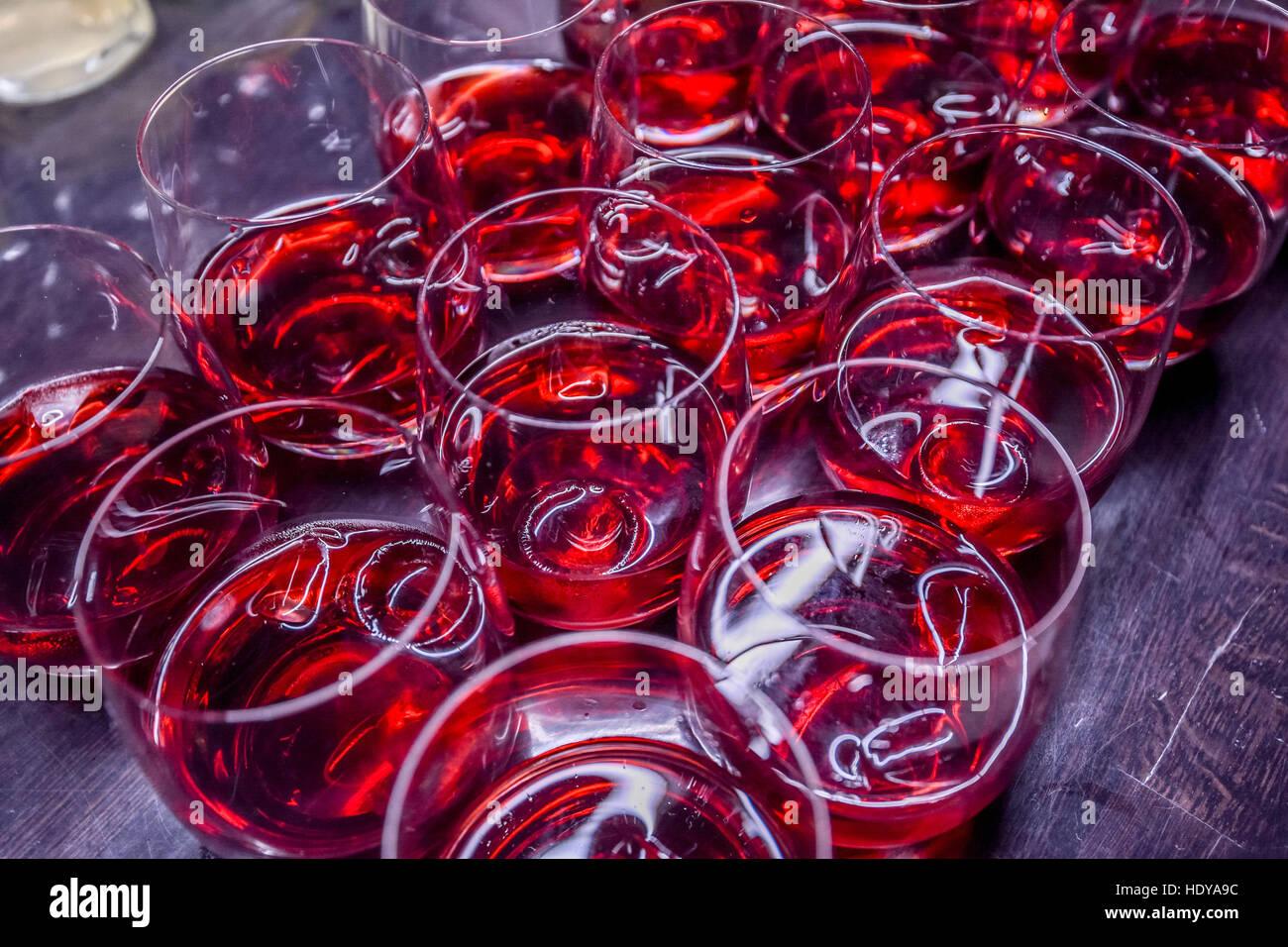 Molte bevande alcoliche con crainberries Immagini Stock