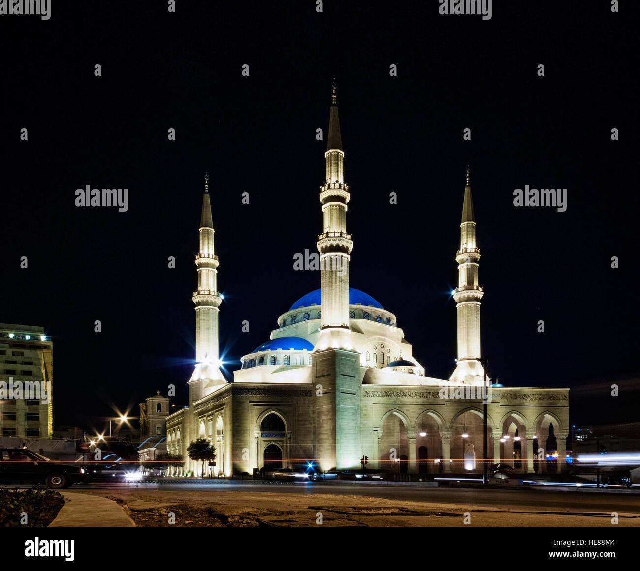 Mohammad Al Amin Mosque punto di riferimento nel centro della città di Beirut Libano di notte Immagini Stock