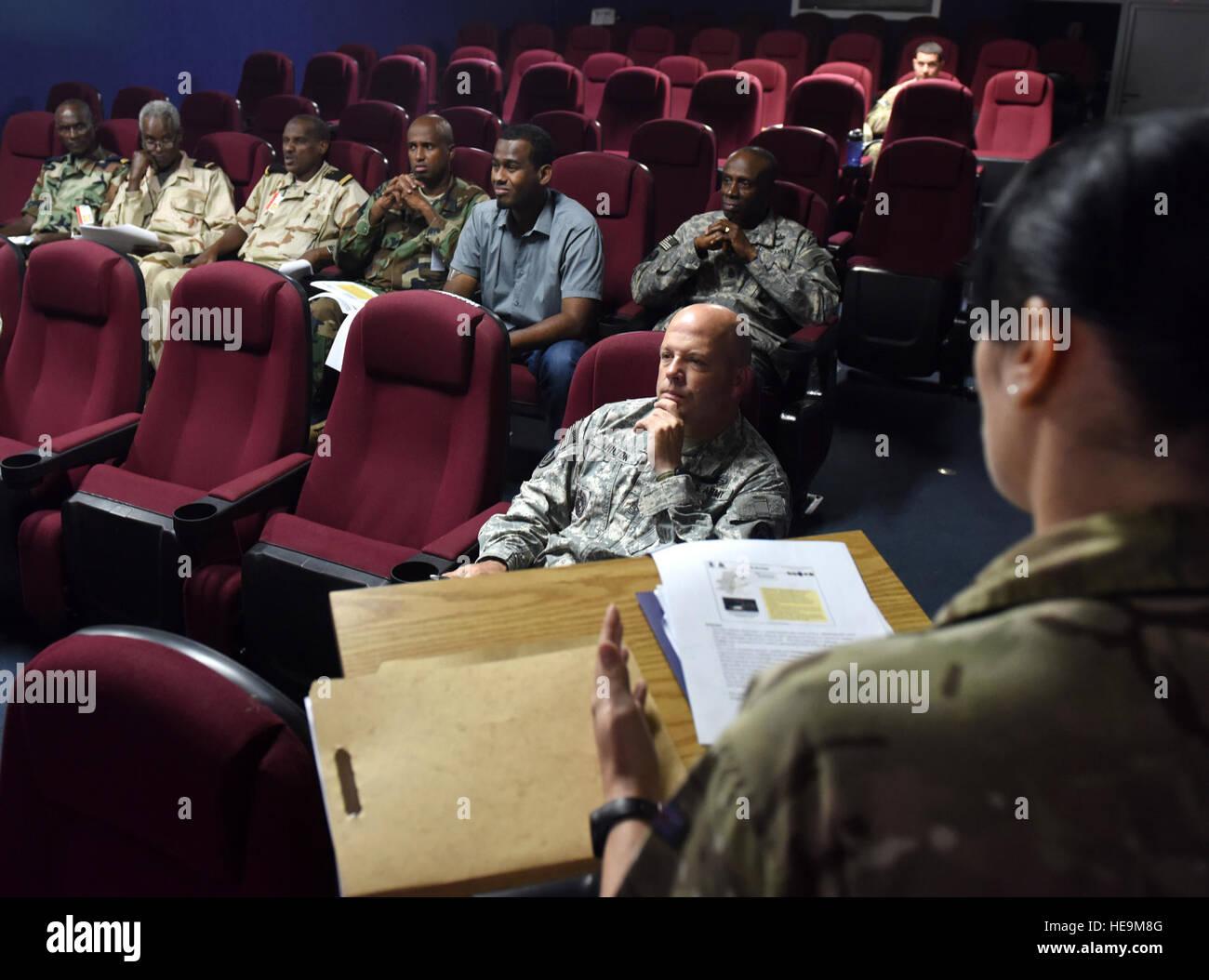 Ufficiale militare incontri arruolato