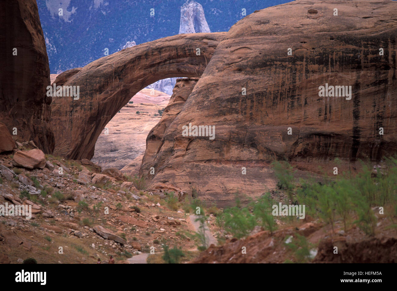 Il Rainbow Bridge National Monument in Glen Canyon National Recreation Area. Pagina. In Arizona. Stati Uniti d'America Immagini Stock