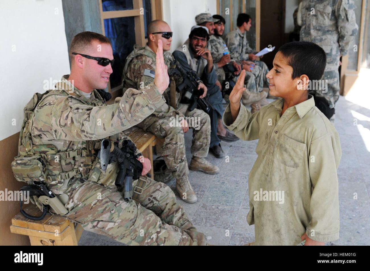 incontri fotografie militari come si fa ad andare da incontri con gli amici
