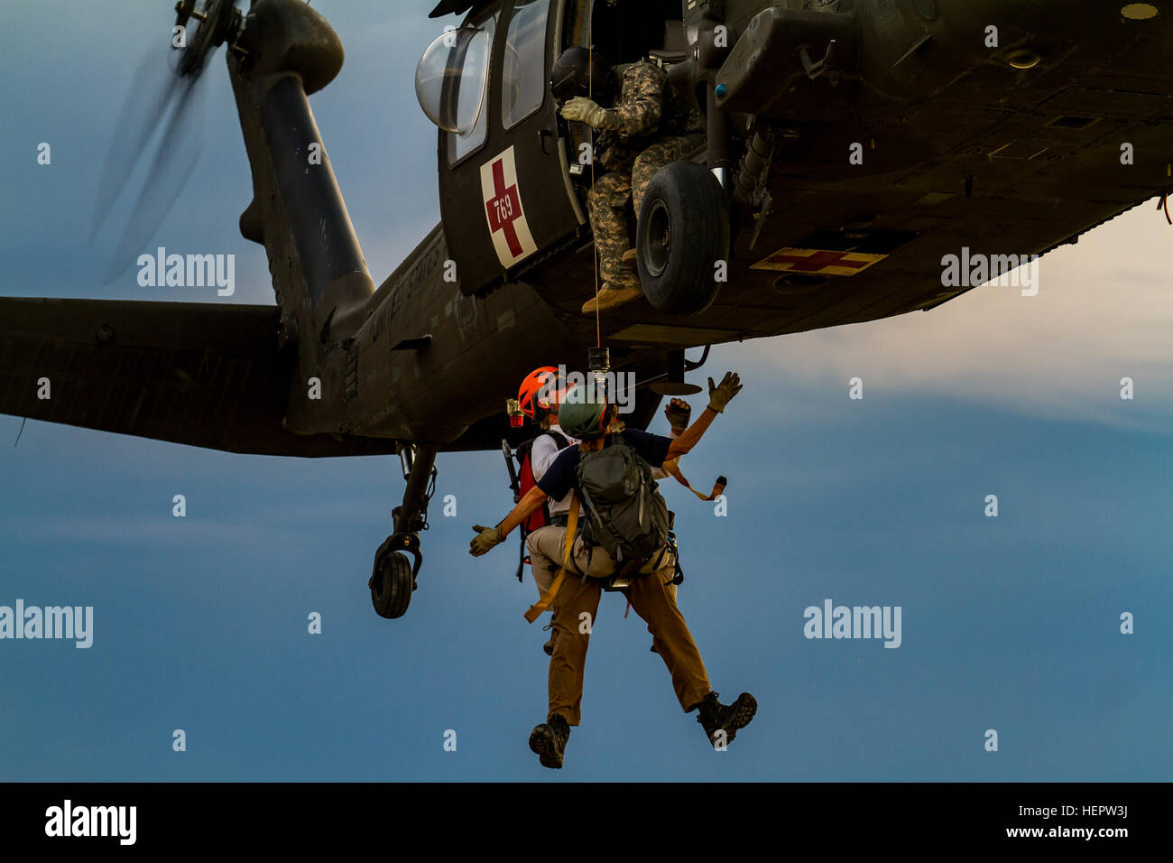 Elicottero 007 : 007 almost immagini & 007 almost fotos stock alamy