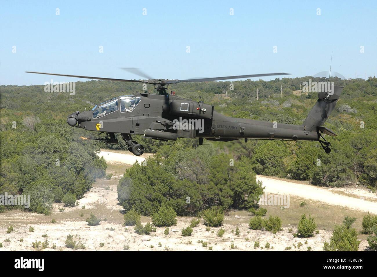 Elicottero Quarto : Un ah d attacco apache elicottero dal quarto guns battaglione