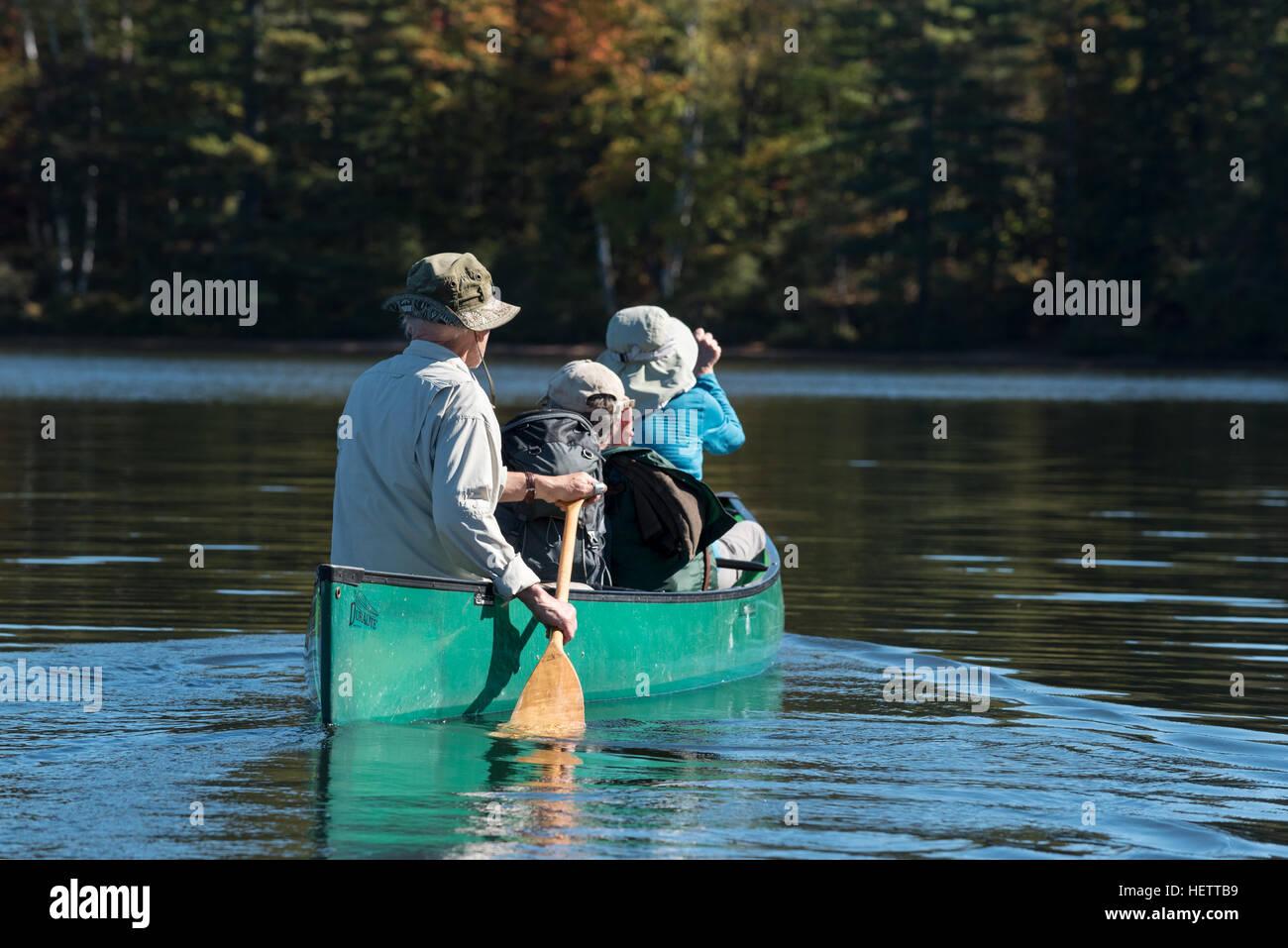 Canoa in St. Regis Canoe Area di Adirondack State Park, New York. Foto Stock
