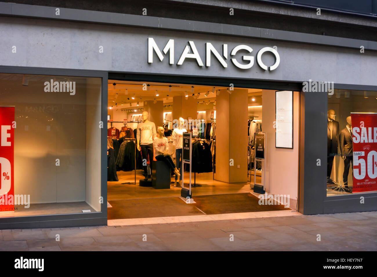finest selection 38260 fcf6f Negozio di mango in Market Street, Manchester Foto ...