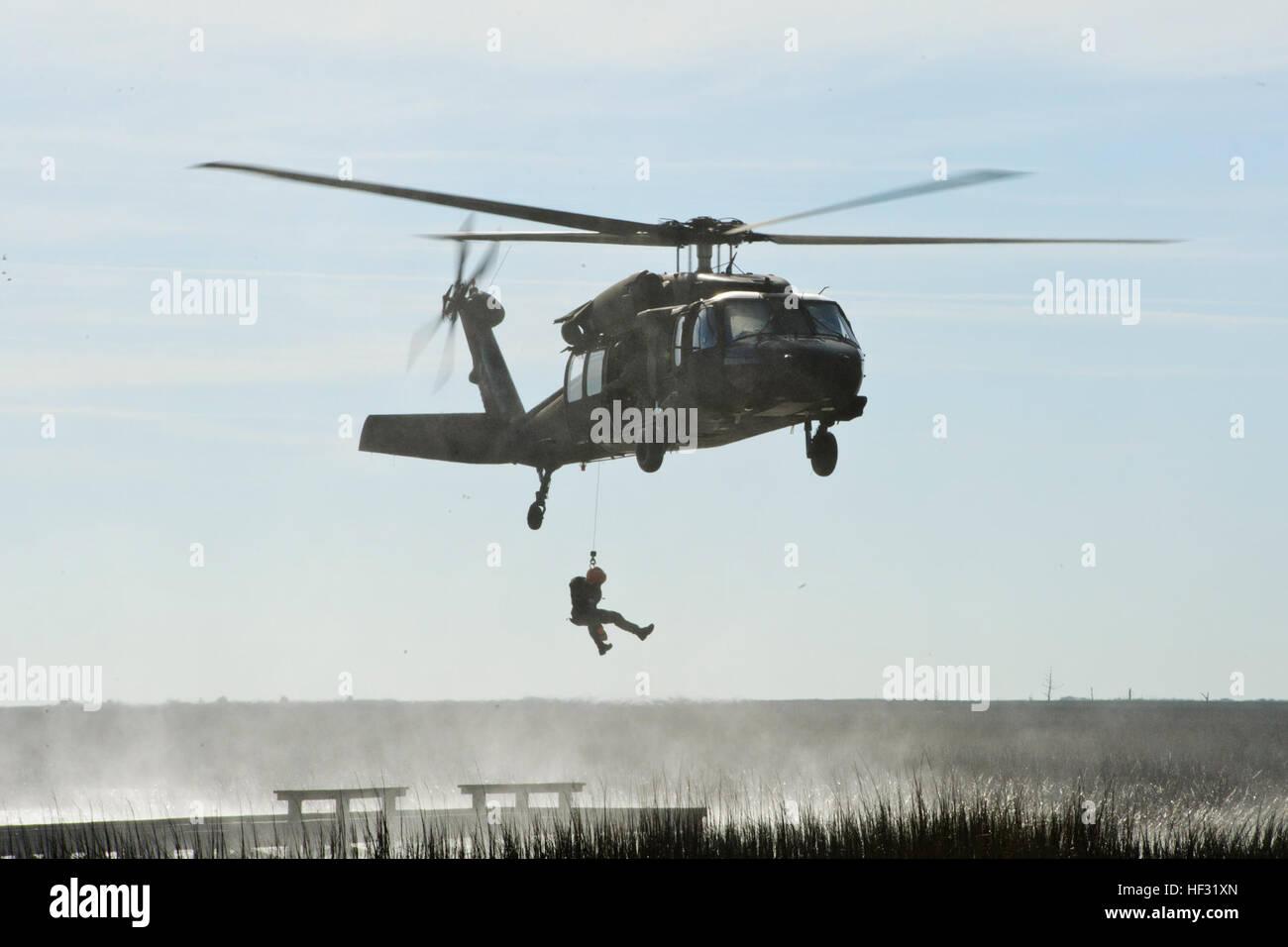 Elicottero 007 : Stati uniti esercito uh 60 black hawk elicottero assegnato all2
