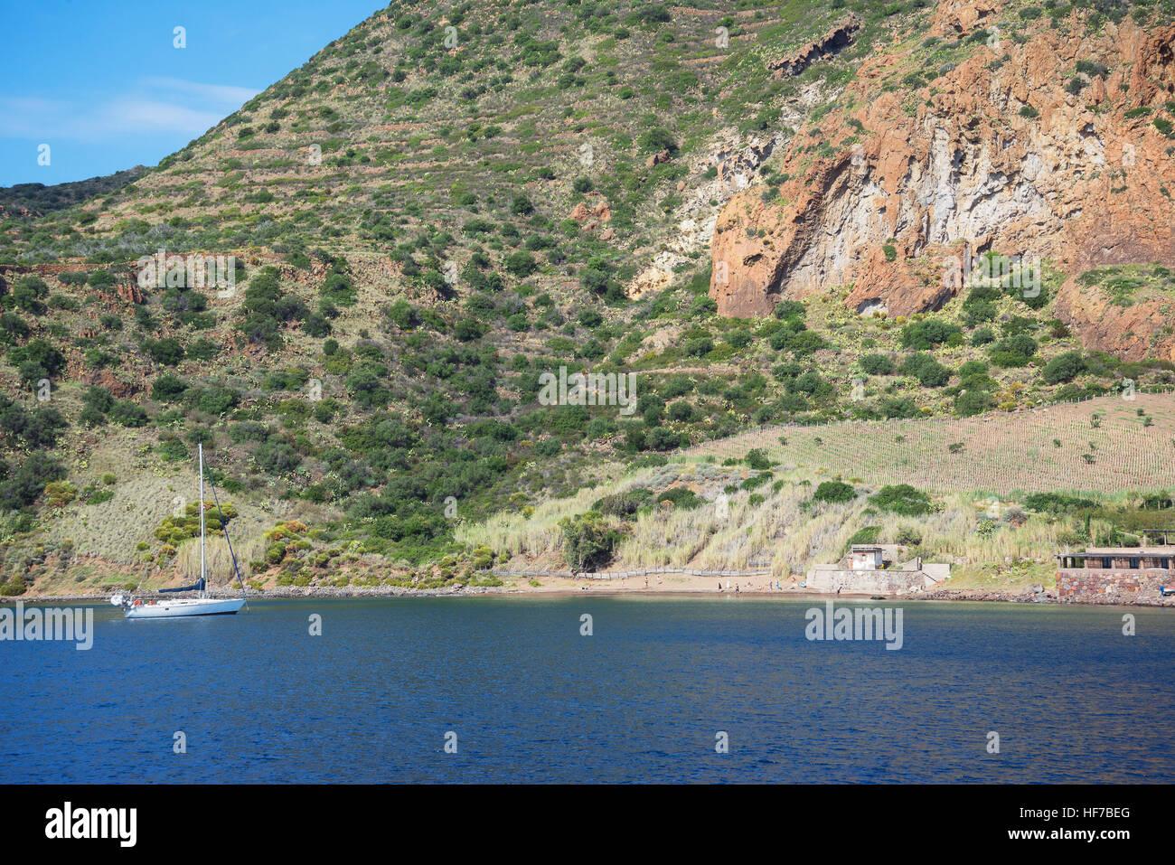 Spiaggia, Panarea, isole Eolie, in Sicilia, Italia, Europa Immagini Stock
