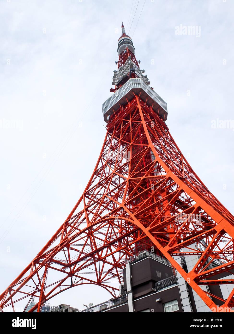 Tutta la torre di Tokyo Immagini Stock