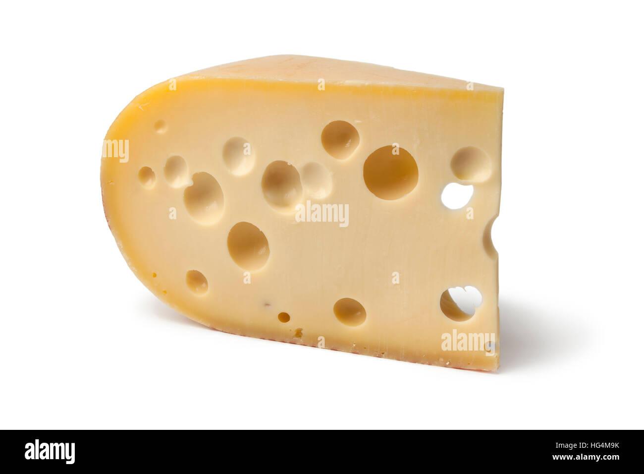 Pezzo di formaggio Emmental su sfondo bianco Immagini Stock