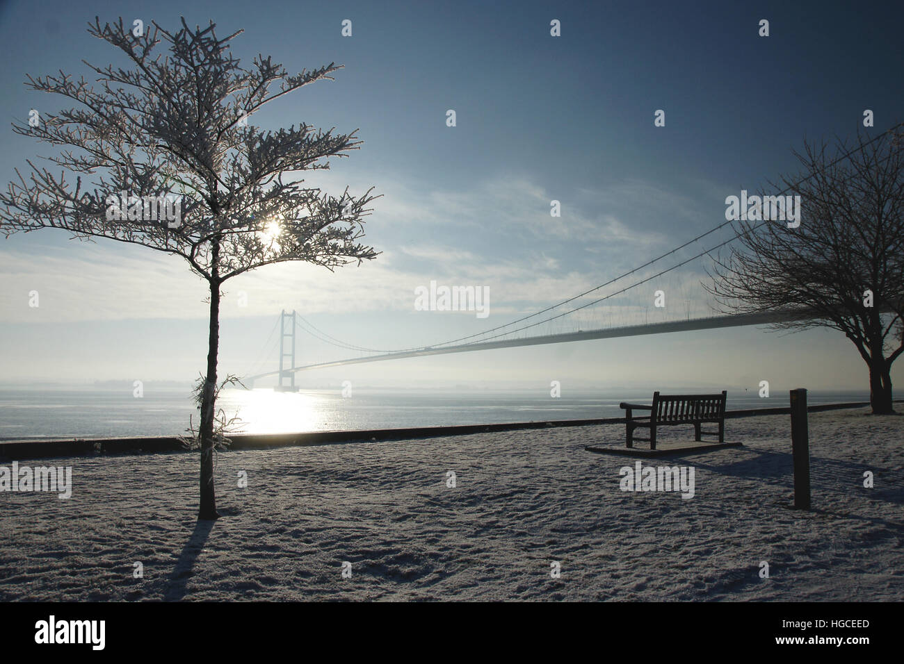 Paesaggi innevati, Humber Bridge, Hessle, East Yorkshire Immagini Stock