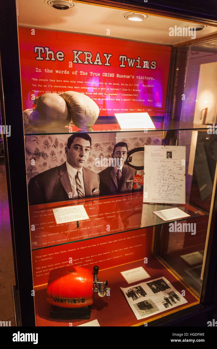 Inghilterra, East Sussex, Hastings, il crimine vero museo, presentano del Kray Twins Memorabilia Immagini Stock