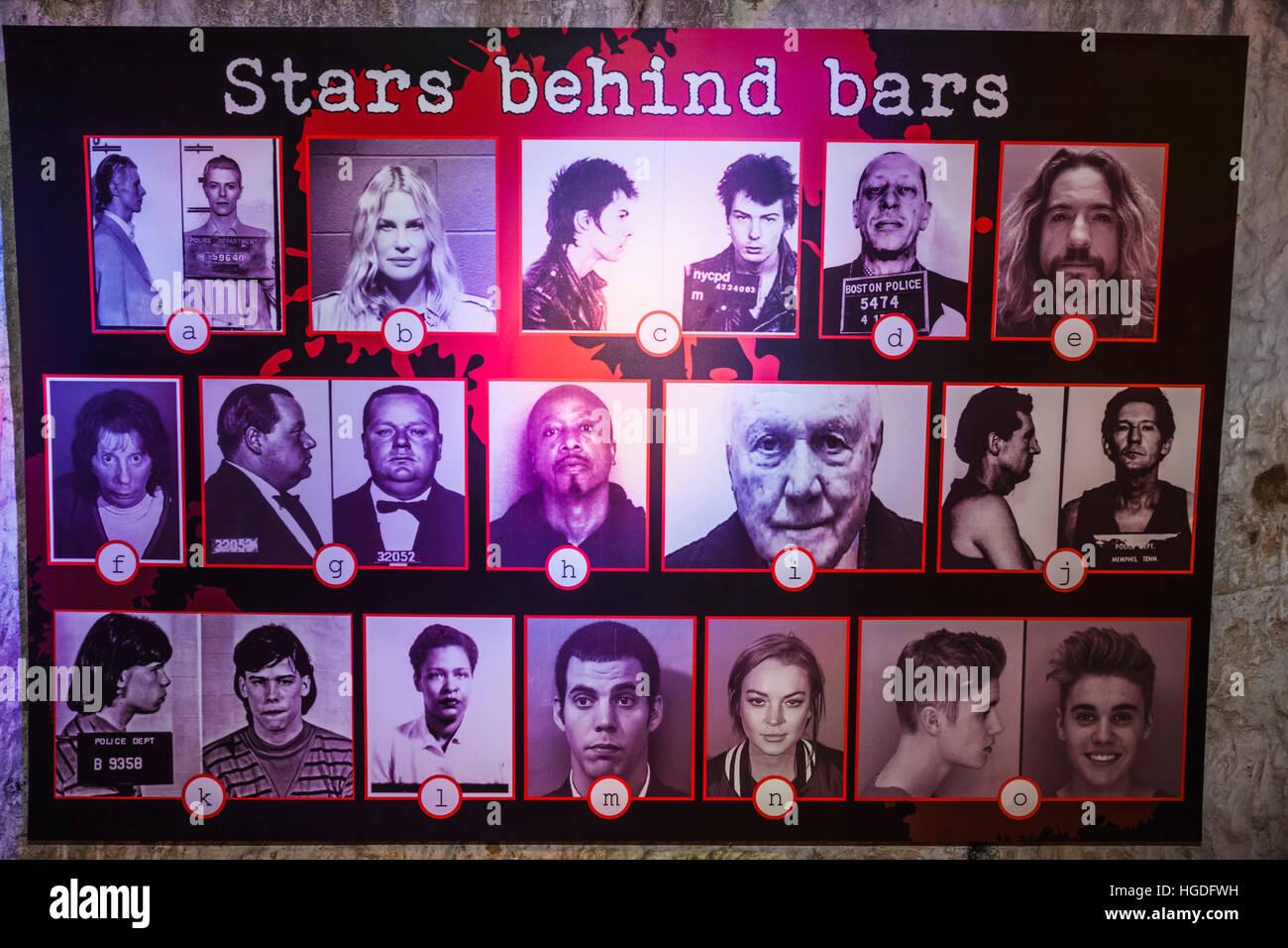 Inghilterra, East Sussex, Hastings, il crimine vero museo, presentano delle file della polizia di arrestato personalità Immagini Stock