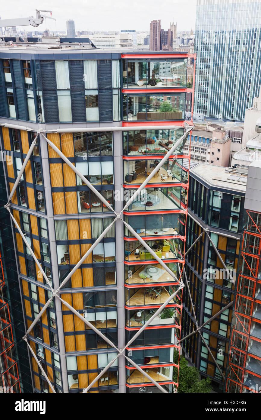 Inghilterra, Londra, Bankside, moderno ed alto edificio di appartamenti Immagini Stock