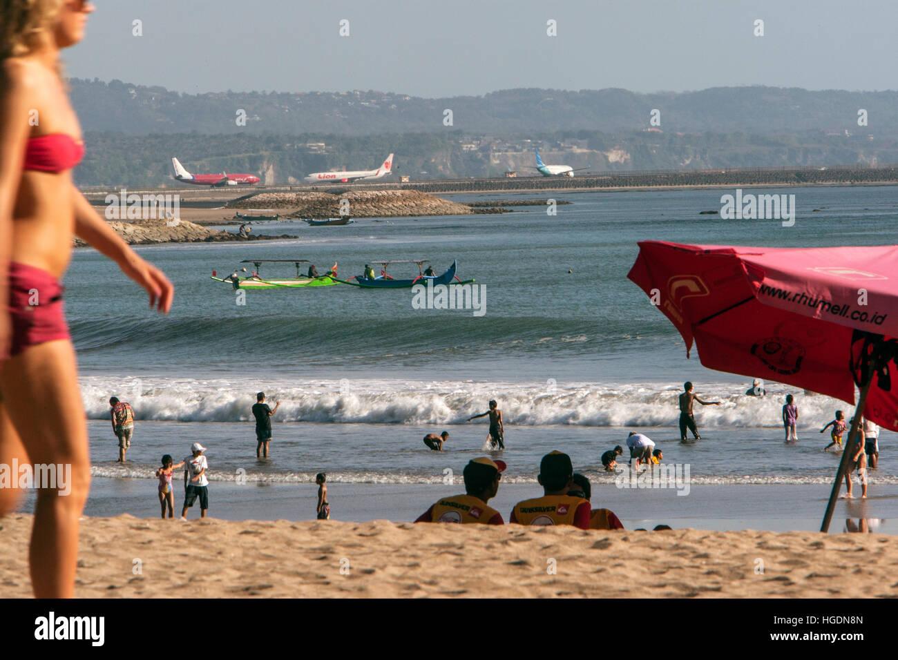 Aeroporto Bali : Spiaggia di kuta e a denpasar aeroporto di ngurah rai bali