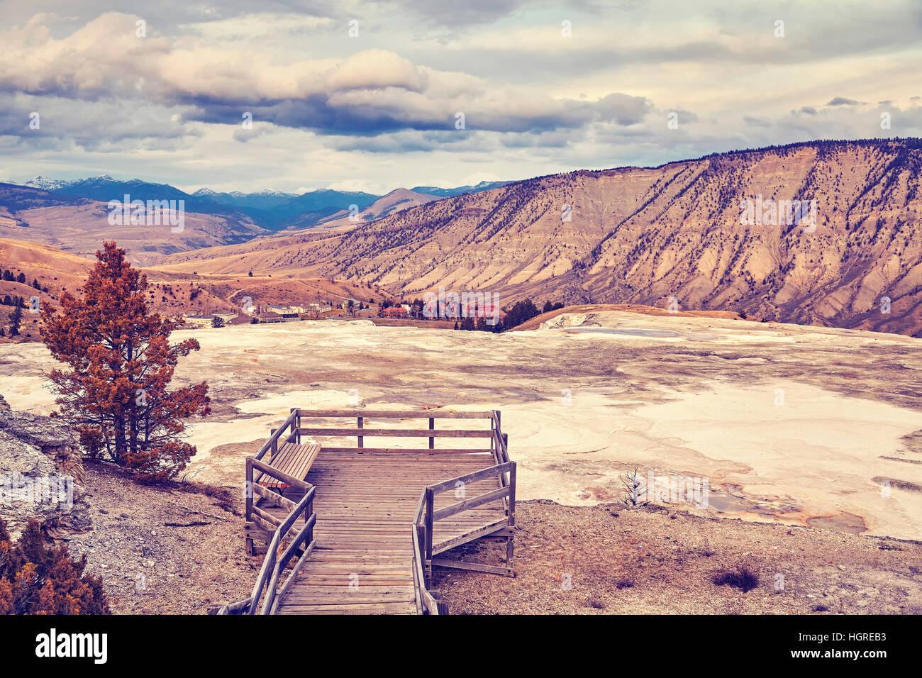 Nei toni del colore delle sorgenti calde nel Parco Nazionale di Yellowstone, Wyoming negli Stati Uniti. Immagini Stock