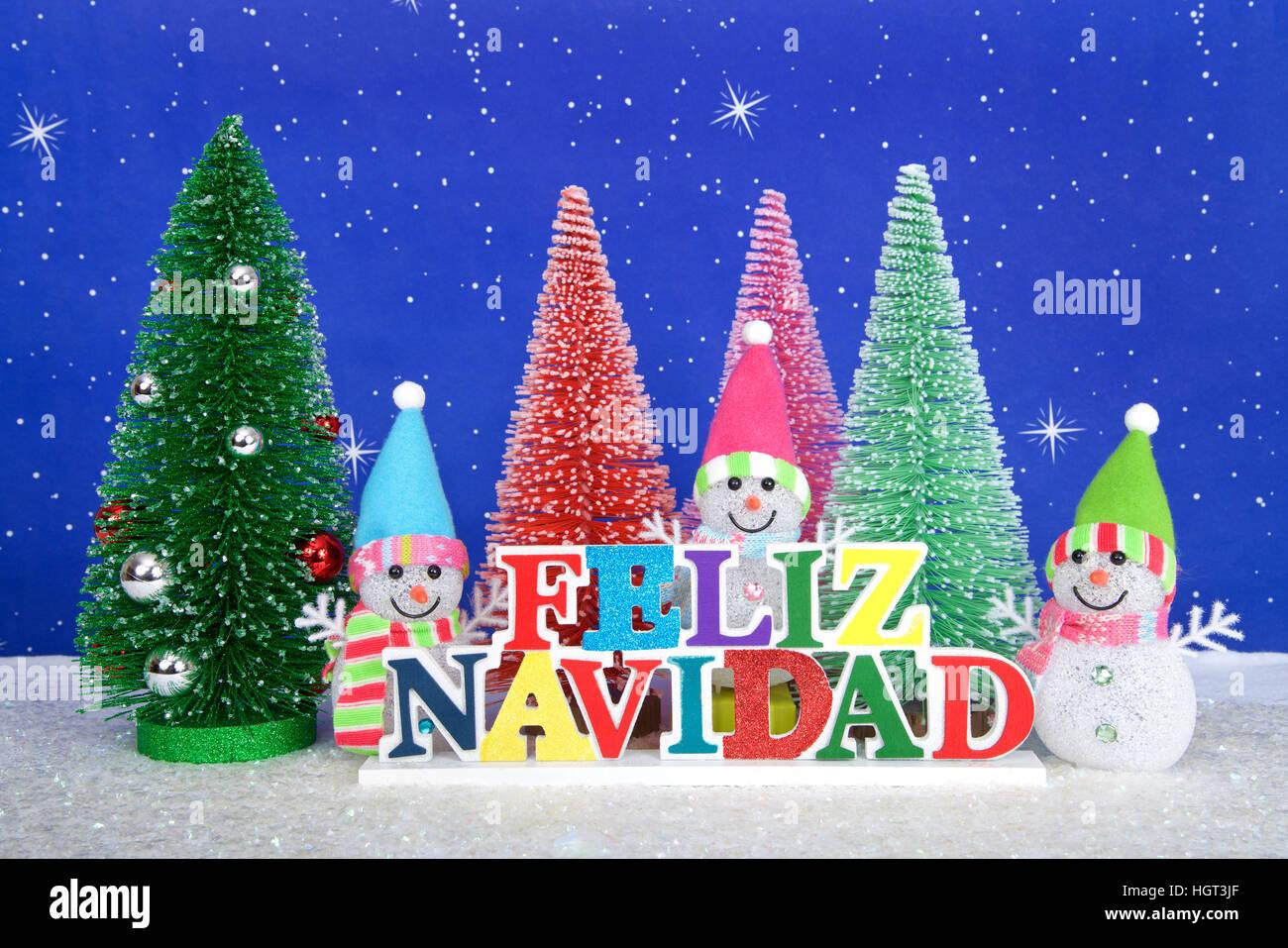 Buon Natale In Spagnolo.Feliz Navidad Buon Natale In Spagnolo In Legno Colorato Segno Rosso Rosa Verde Di Pini Con