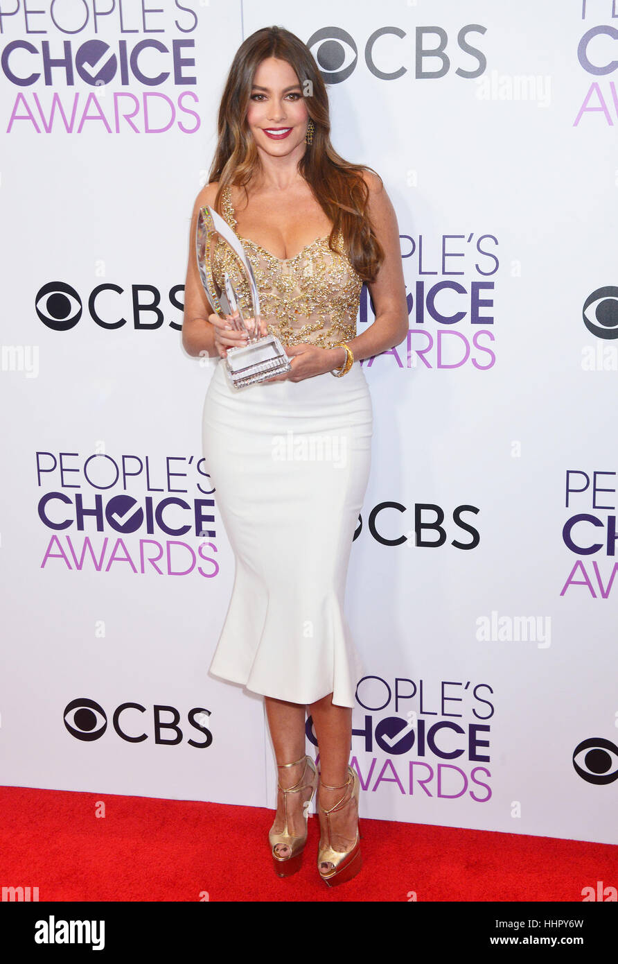 Sofia Vergara 213 arrivando al People's Choice Awards 2017 presso il Microsoft Theatre di Los Angeles. Il 18 Immagini Stock