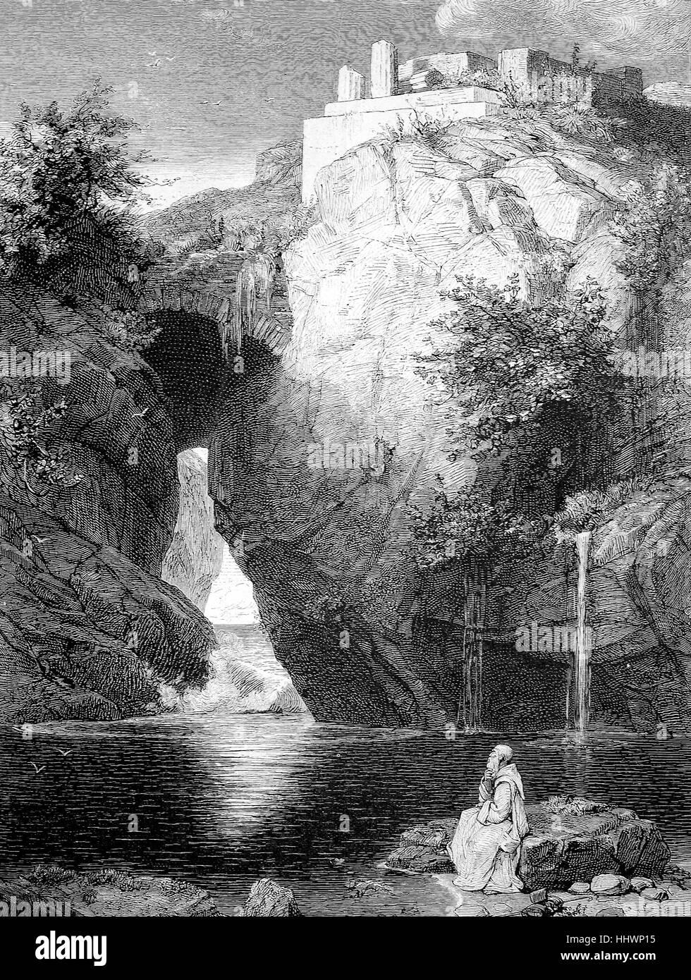 Bagno di Diana a Sorrento, vista da una pausa rocciosa dove le onde rompono, sopra un tempio decaduto e giù Immagini Stock