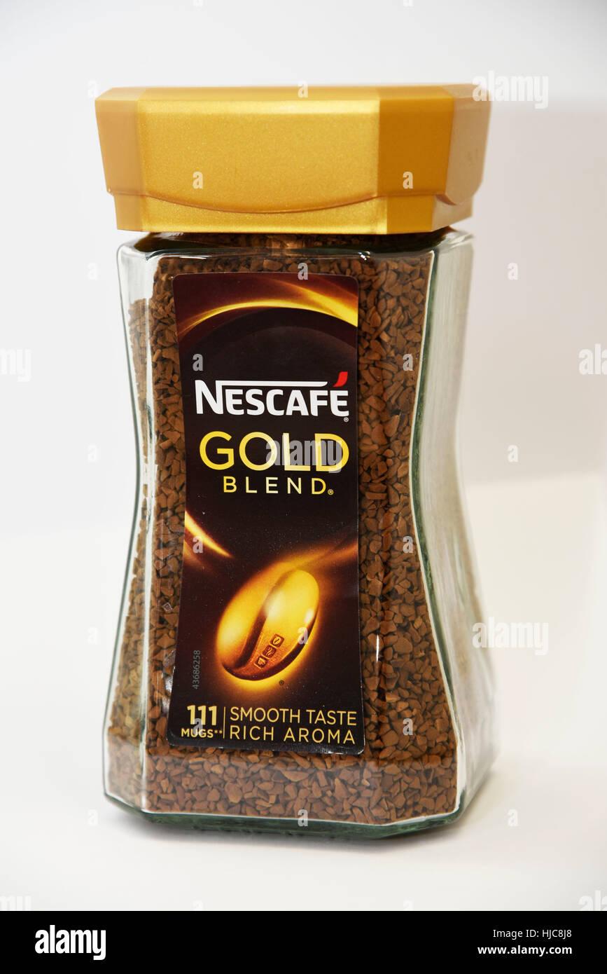 nescaf%C3%A9 classic caff%C3%A8 solubile barattolo 200g  Nescafe miscela oro caffè istantaneo, 200g Foto & Immagine Stock ...