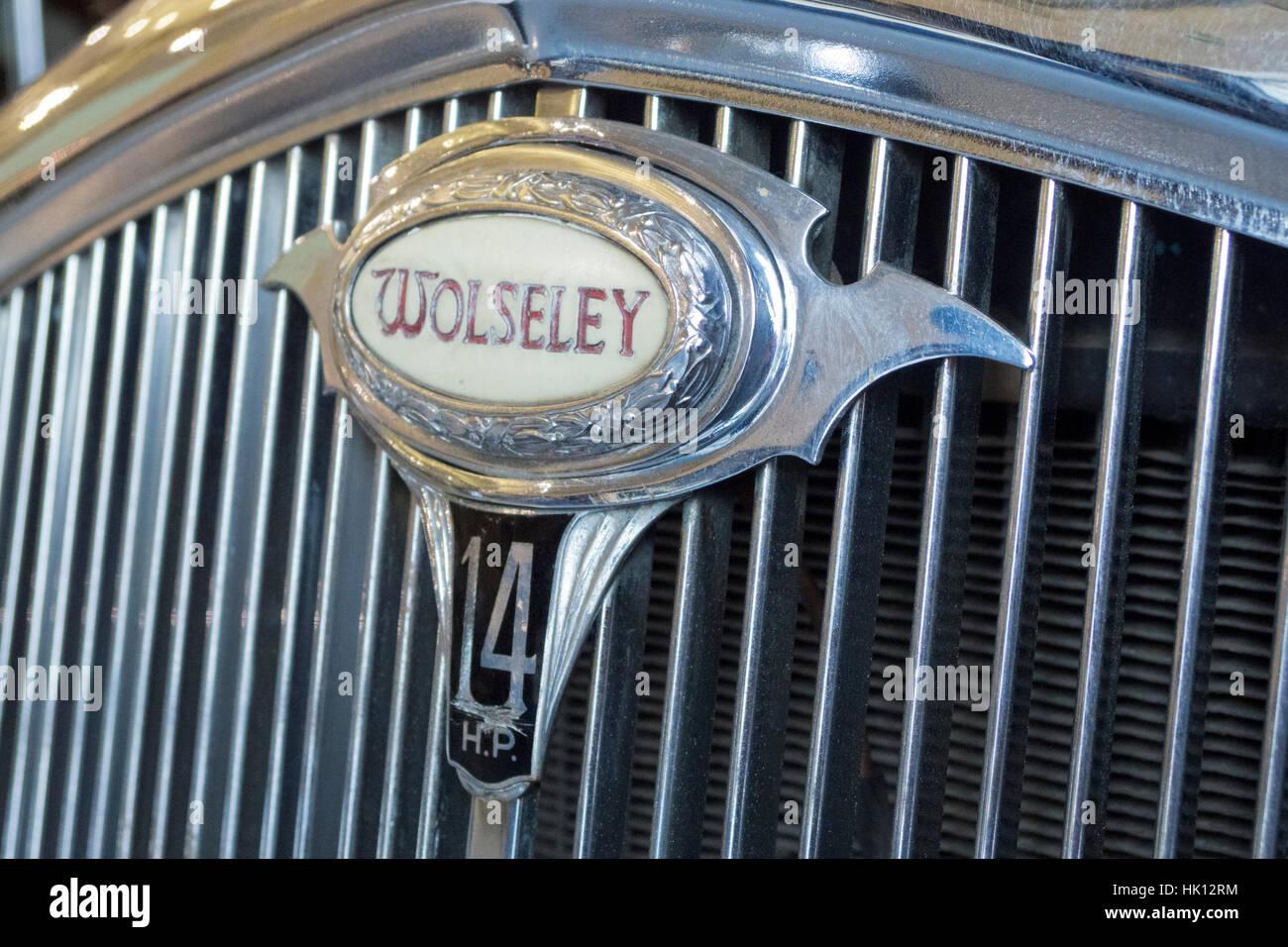 Wolseley Marchio distintivo sul cromo la griglia del radiatore di un 1937 Wolseley 14/55 S2, Regno Unito Immagini Stock