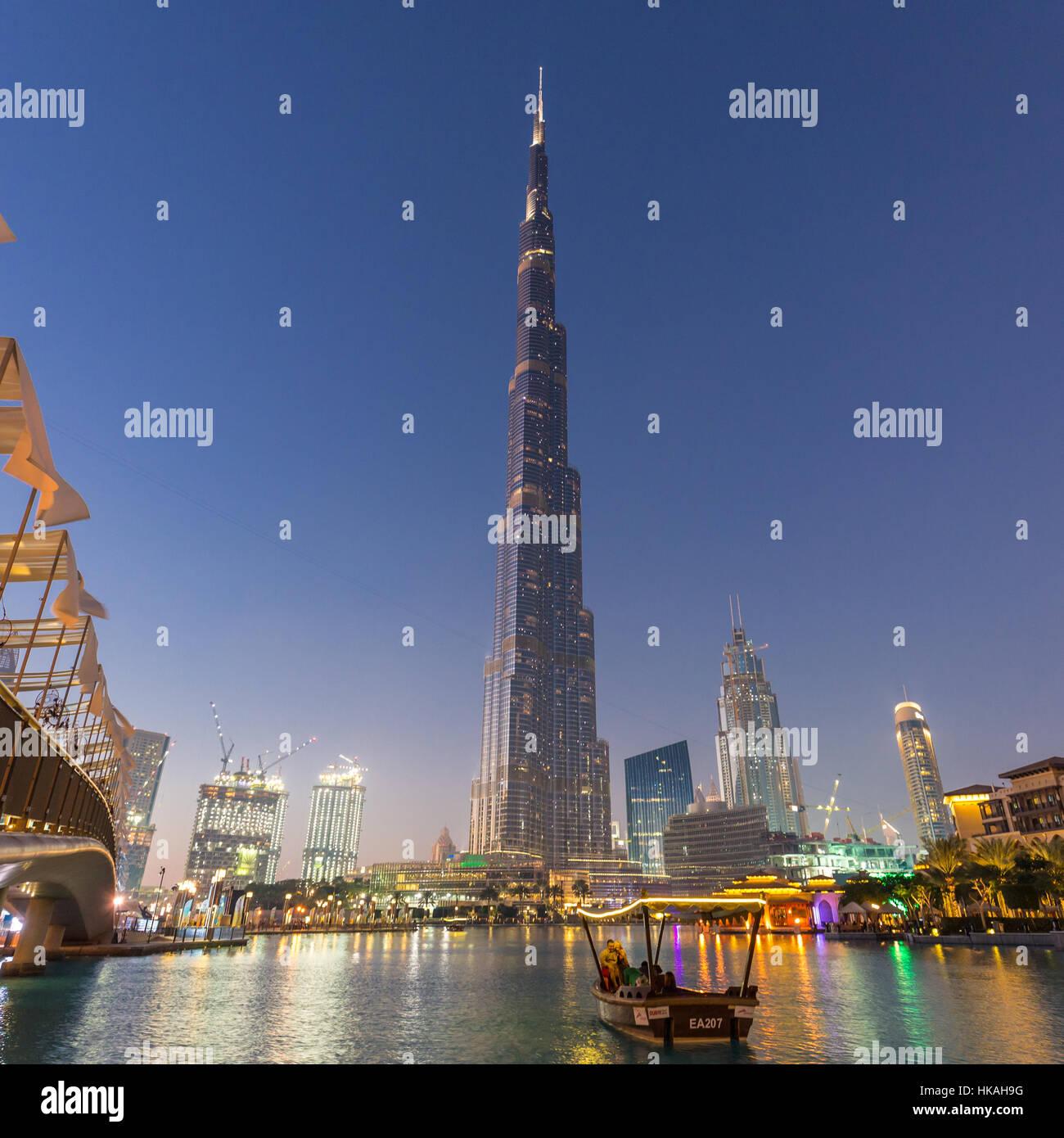 Il Burj Khalifa, il grattacielo più alto del mondo, Dubai, Emirati Arabi Uniti. Immagini Stock