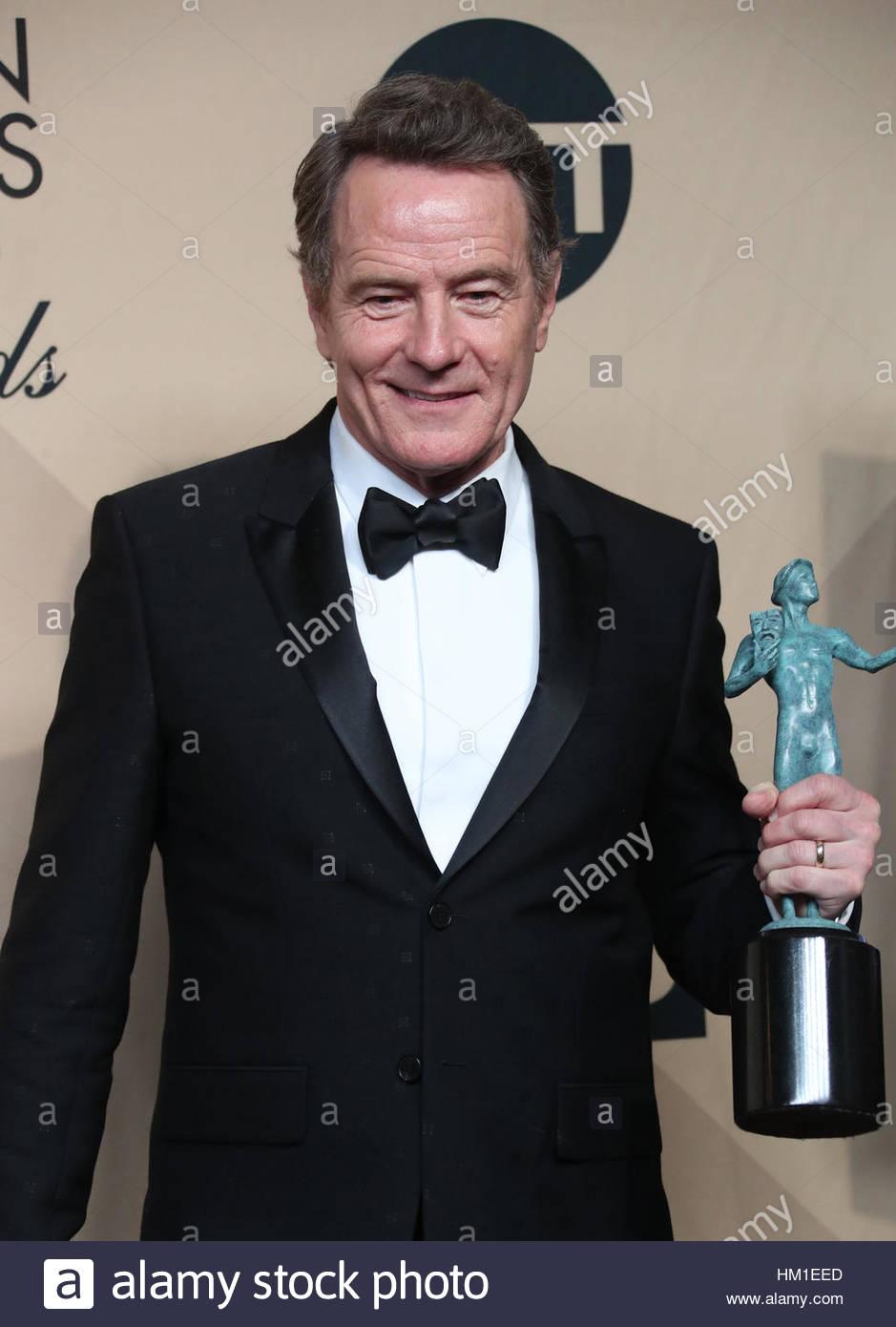 Los Angeles CA - gennaio 29 Bryan Cranston, alla XXIII edizione Screen Actors Guild Awards - Press Room, a Shrine Immagini Stock