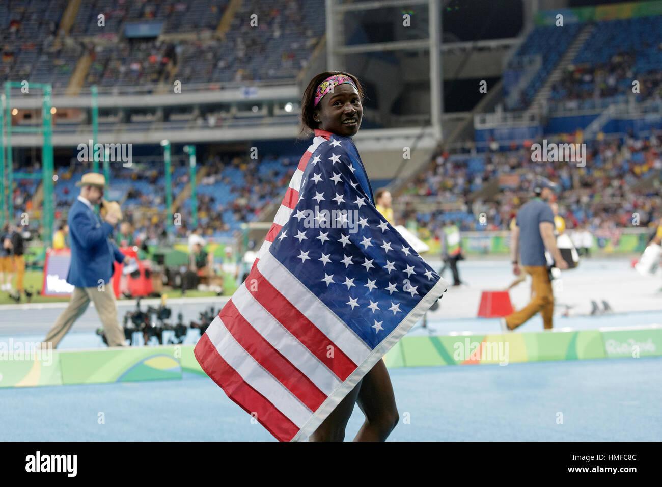 Rio de Janeiro, Brasile. 13 agosto 2016 Tori Bowie (USA) vince la medaglia d argento in donne 100m al 2016 Olimpiadi estive. ©Paul J. Sutton/PC Foto Stock
