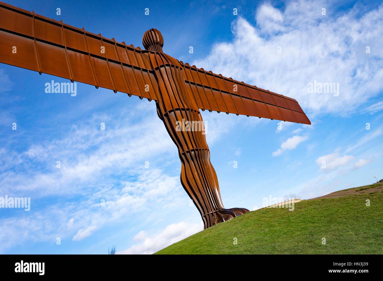 Anthony Gormleys Angelo del nord di una scultura in Gateshead Immagini Stock