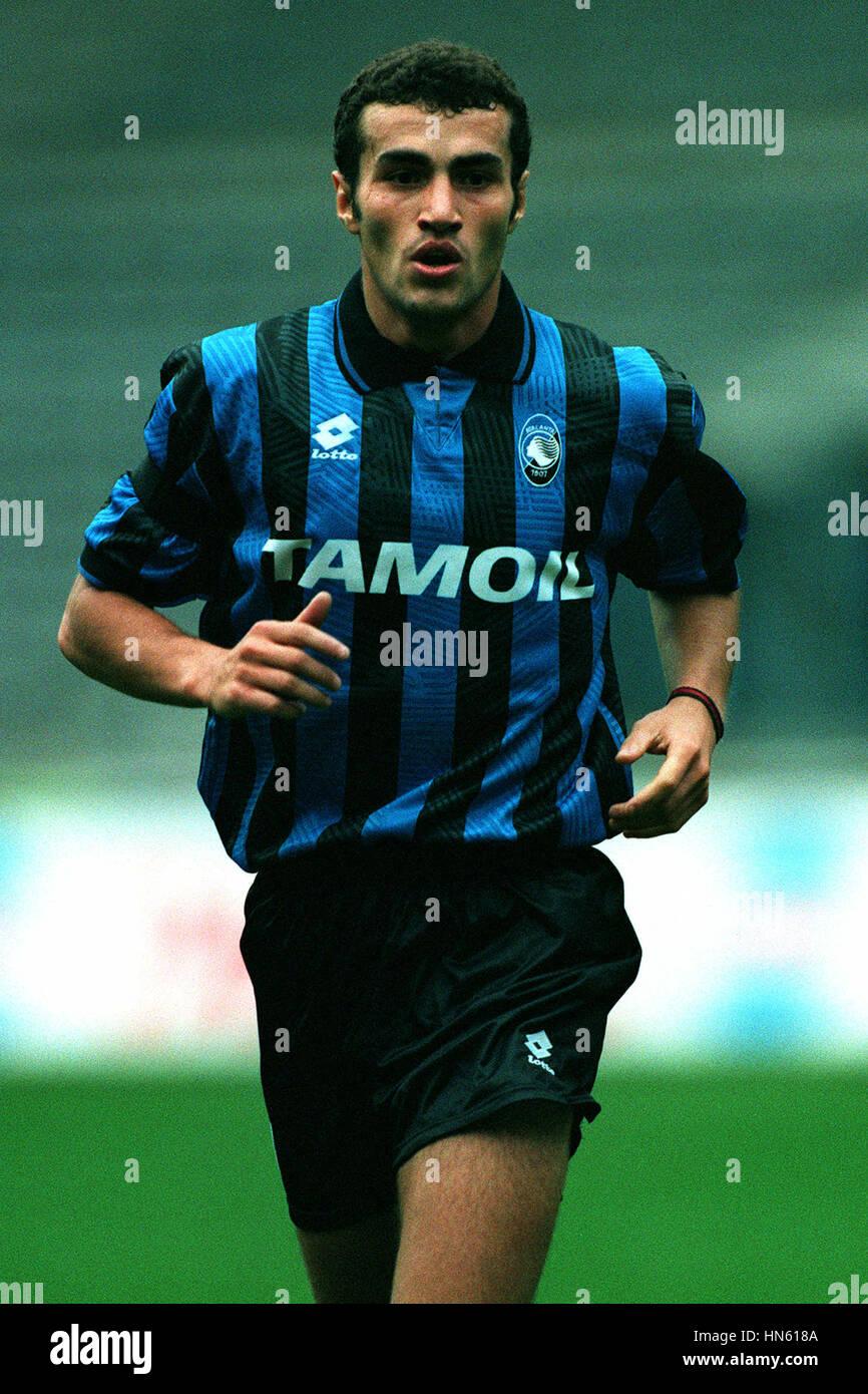 PAOLO MONTERO ATALANTA FC 26 Ottobre 1993 Foto & Immagine Stock ...