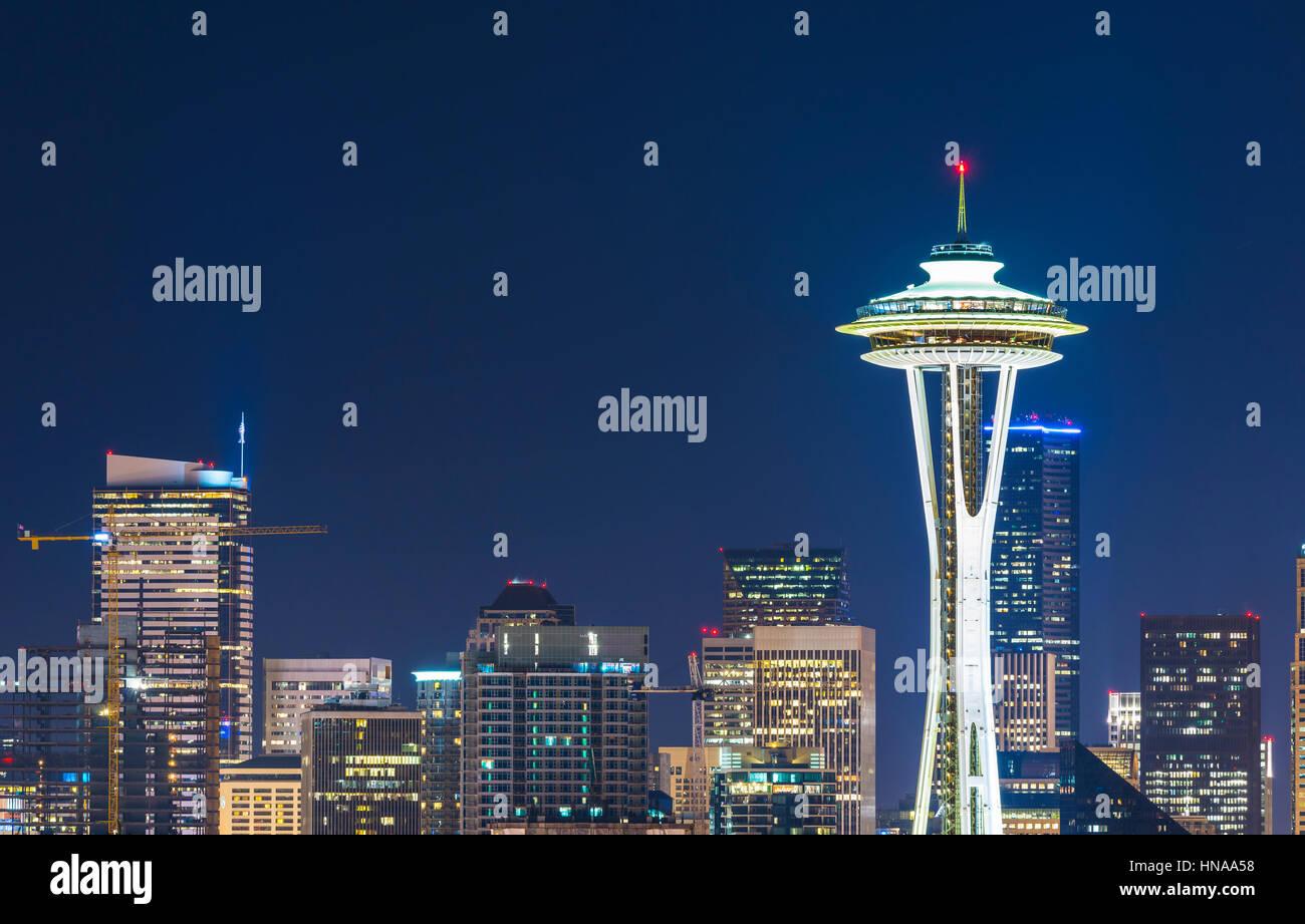 Seattle,Washington,usa.2015/02/22: bellissima Space Needle di notte. Immagini Stock