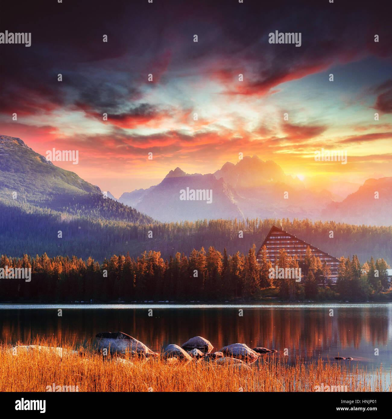 Fantastico Shtrbske Pleso Alti Tatra. La Slovacchia, l'Europa. Immagini Stock
