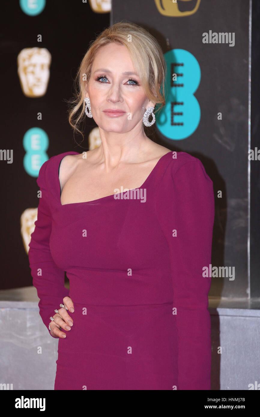 Londra - Feb 12, 2017: J.K. Rowling assiste l'EE British Academy Film Awards (BAFTA) presso la Royal Albert Immagini Stock