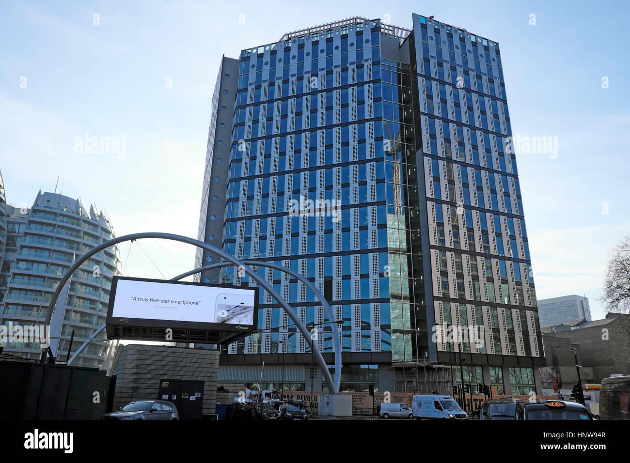 Collare bianco nuovo di fabbrica edificio per uffici a Old Street Rotatoria a Londra REGNO UNITO KATHY DEWITT Immagini Stock