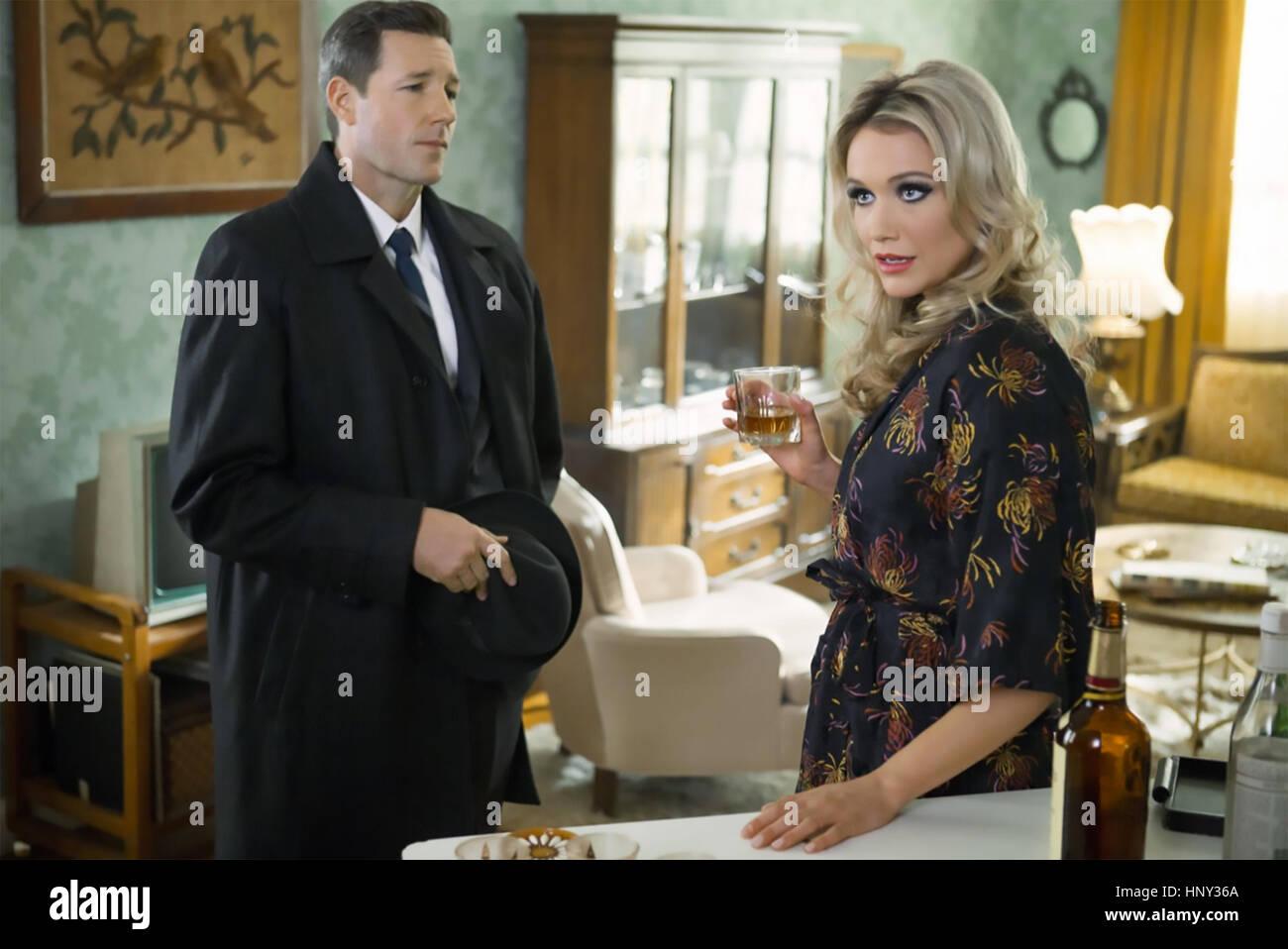 La morale pubblica 2015 Amblin serie televisiva con Katrina Bowden e ustioni del Edward Immagini Stock