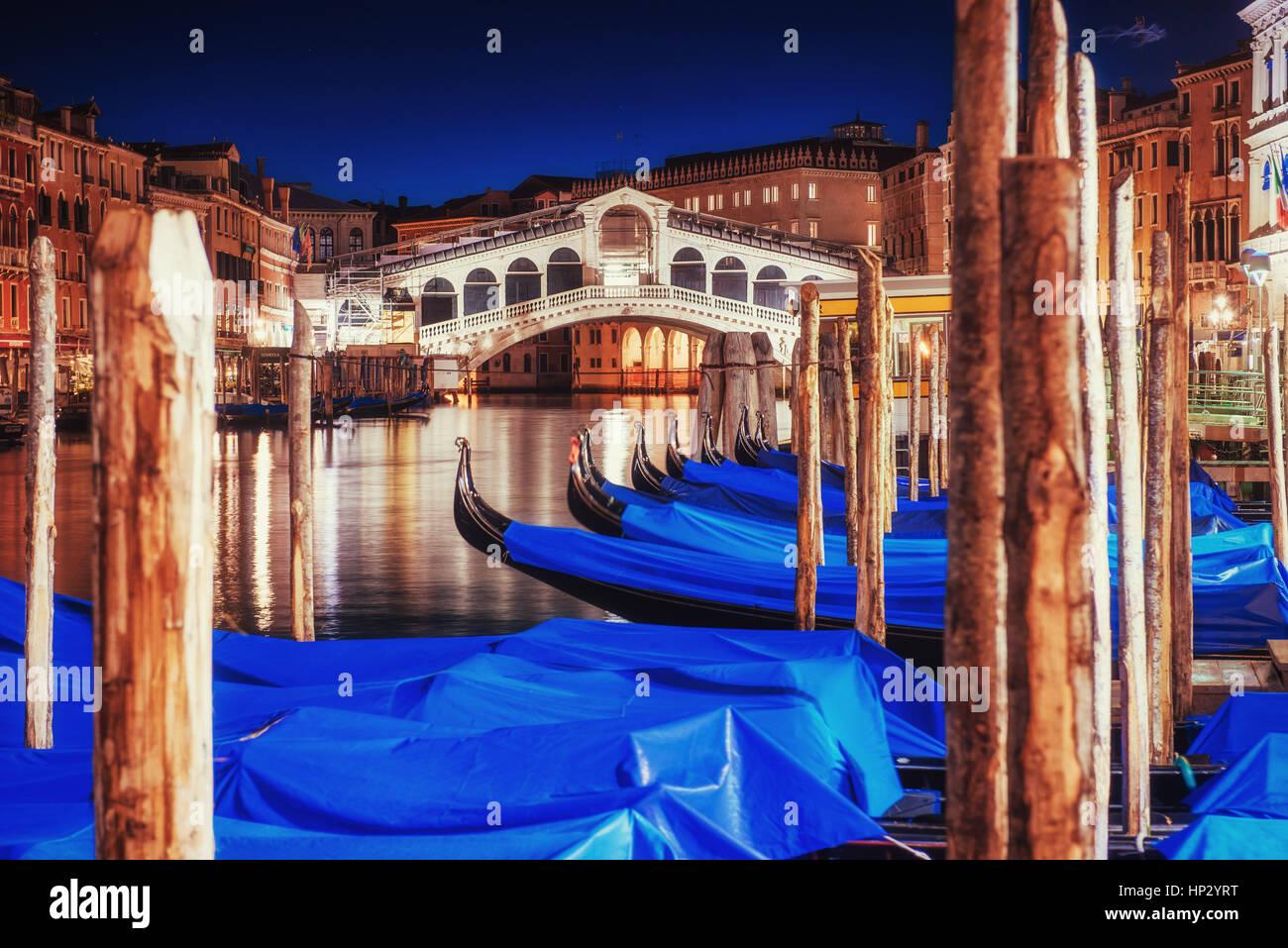 Panorama della città. Ponte di Rialto di Venezia Immagini Stock