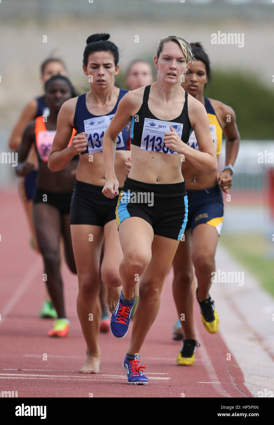 Cape Town, Sud Africa. 18 Febbraio, 2017. Icarian van Deventer di Tygerberg Athletic Club in campo femminile 800m Foto Stock