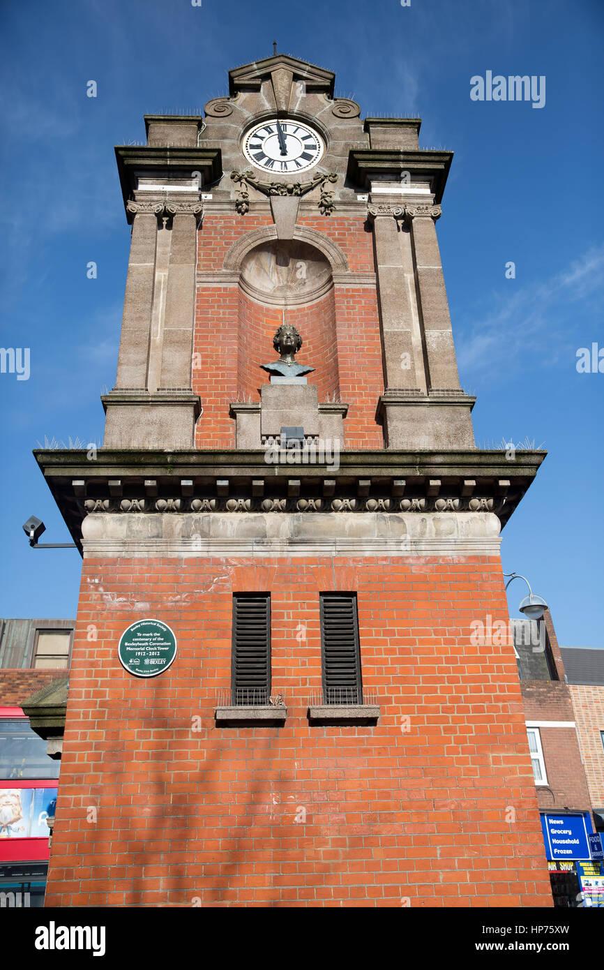 Il Bexleyheath incoronazione Memorial Clock Tower, commemorando l incoronazione del re George V, è stato formalmente Immagini Stock