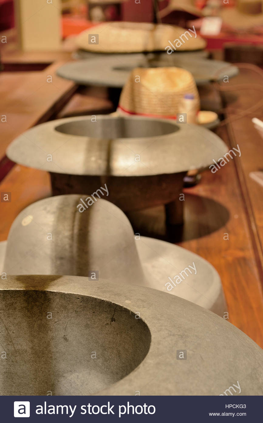 tessuti pregiati Prezzo del 50% prestazioni superiori Alluminio forme per cappelli di feltro,museo del cappello ...