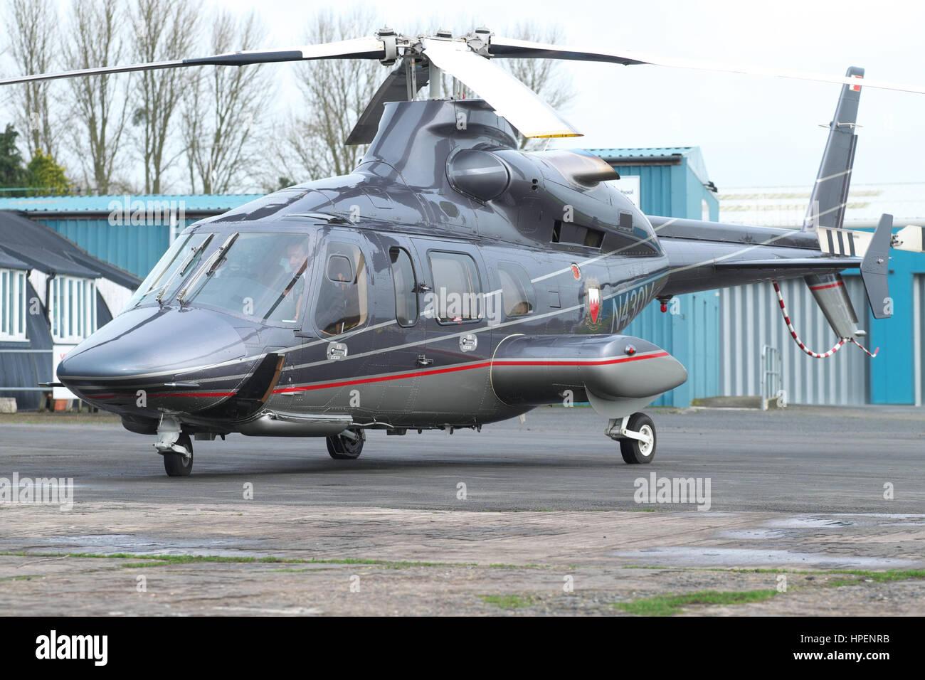 Elicottero Usato : Bell 430 elicottero usato dal bahrain royal volo e basato nel regno