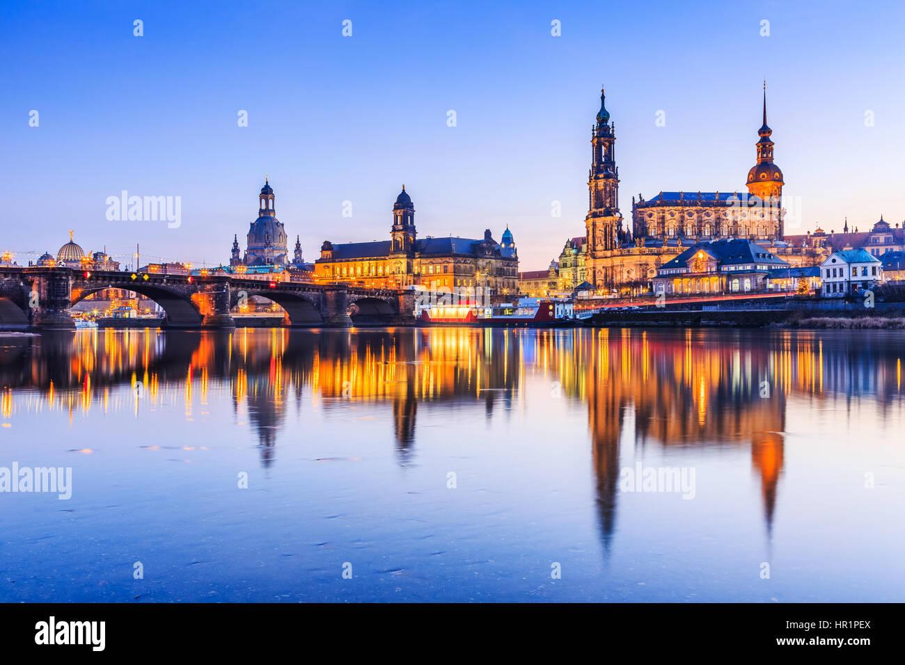 Dresden, Germania. Cattedrale della Santissima Trinità o Hofkirche, Bruehl la terrazza Immagini Stock